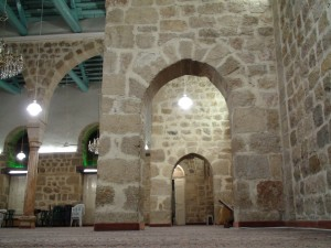 2C: the walls of the Al-Muzaffar near the prayer area. The workmanship is clearly amazing.